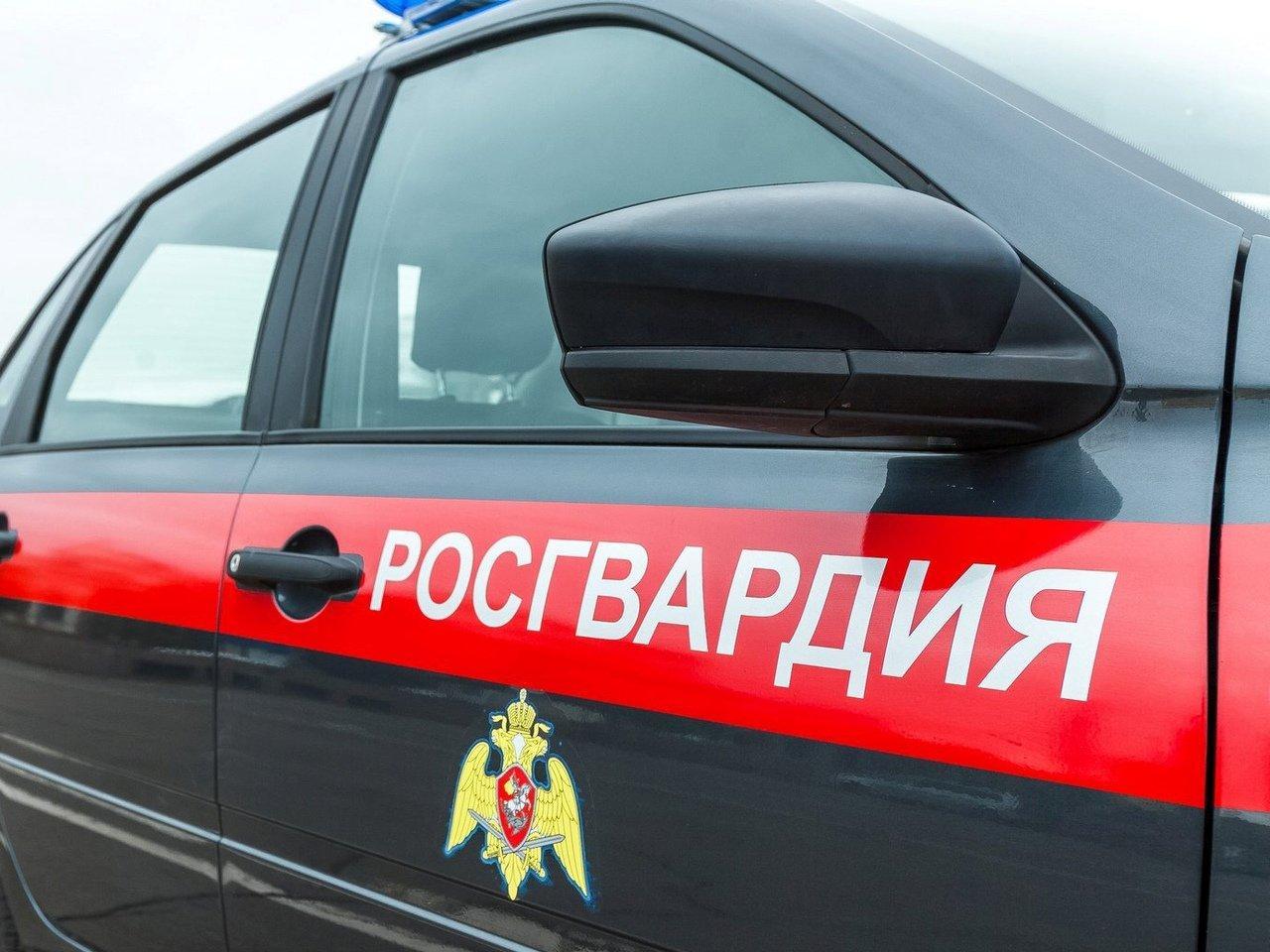 СМИ-В-Иркутске-сотрудник-Росгвардии-избил-беременную-женщину.-Росгвардия-это-опровергает